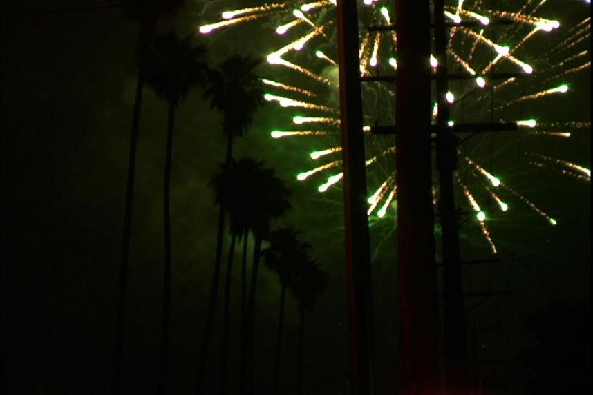 https://stanyakahn.com/files/gimgs/th-27_fireworks.jpg